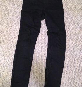 Продаю стрейчиковые джинсы