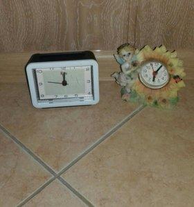 Часы-будильник (2 вида)