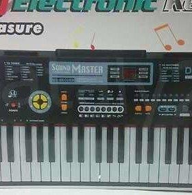 Синтезатор MQ-860 MP3