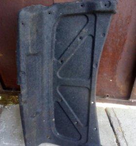 Обшивка крышки багажника Toyota mark 2 100 кузов