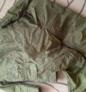 Продам комплект куртка +брюки