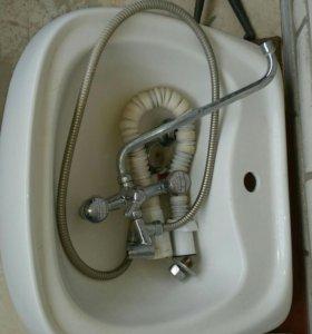 Ванна 150 см. Раковина,ванна,экран под ванну