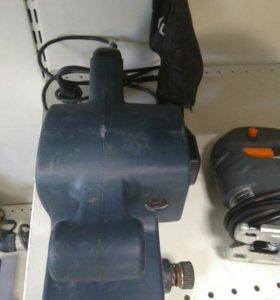 Шлифовальная машина Uragan msb76 900