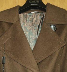Классическое пальто из шерстяной ткани