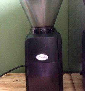 Кофемолка Маэстро