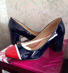 Туфли комбинированные лак