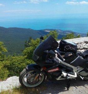 Мотоцикл Honda vfr 750 f rc36