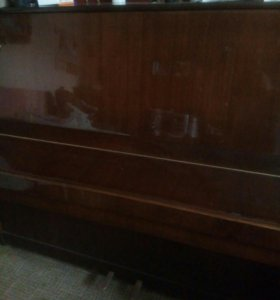Пианино б/у,( торг)