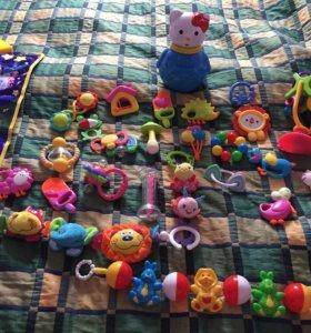 Игрушки для малыша
