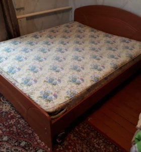 Кровать 2- ух спальная