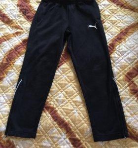 Спортивные штаны фирмы PUMA