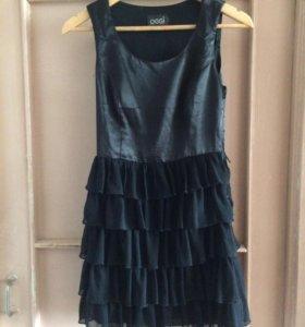 Платье чёрное 42