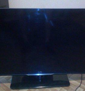 Телевизор Филипс не включаеться