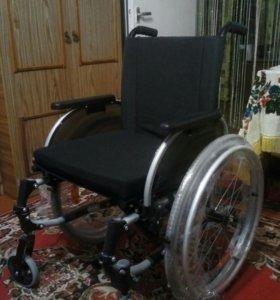 Кресло-коляска инвалидная.
