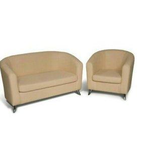 Диван и кресла из эко-кожи.