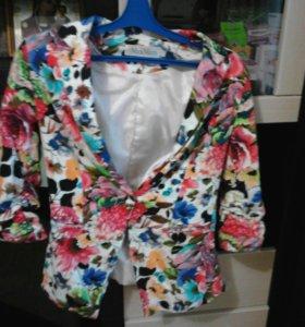 Очень стильный пиджак