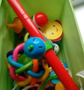 Для малышей игрушки