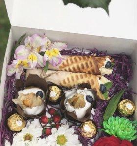 Подарочные коробочки со сладостями