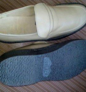 Туфли мужские 41-42 размер.ЦЕБО 270