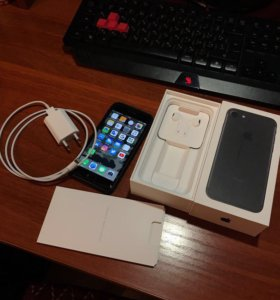 Продам iPhone 7 black 128 gb