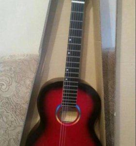 Продаю новую гитару без обмена небольшой торг