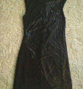 Платье трикотажное с пайетками 42