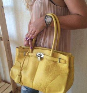Новая желтая кожаная сумка Италия
