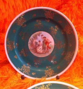 Десертная тарелка от сервиз Мадонны. ГДР, кобальт.