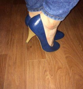 Новые туфли на каблуке/женская обувь 39 р.