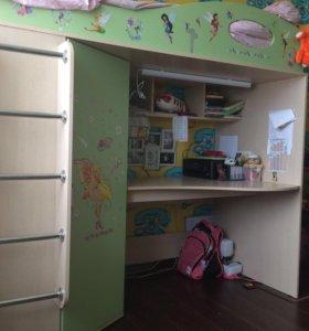 Детский уголок кровать, шифоньер, стол