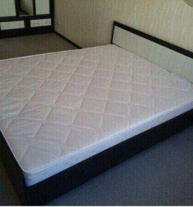 Двухспальная кровать 160 на 200