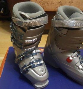 Ботинки лыжные Tecnica 38.5р.