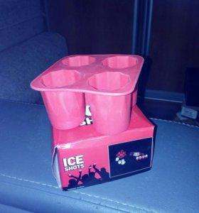 Шот для льда в виде стопочек и пингвинов