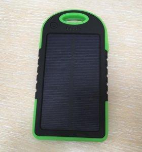 Power Bank с солнечной батареей на 5000mAh