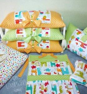 Комплект в кроватку,бортики,игрушки,кокон