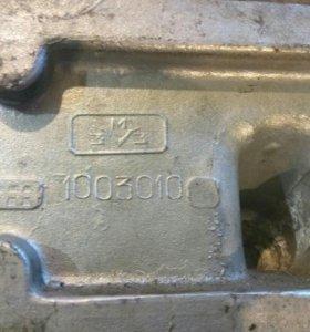 ГАЗовская Головка блока цилиндров с клапанами