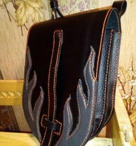 Кожаная байкерская  сумка на пояс