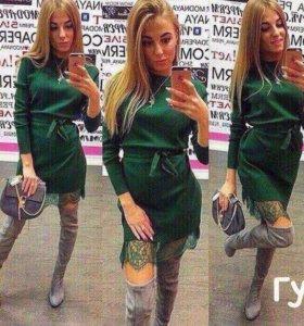 Платье тепленькое с кружевом