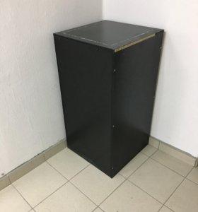 Тумба, подиум