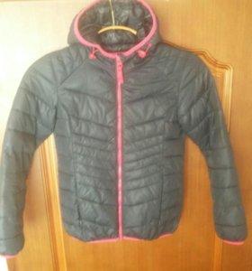 Куртка на девочку 10-11 лет