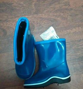 Новые резиновые сапоги , размер 24