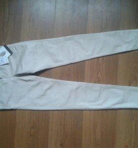 Новые брюки Страдивариус
