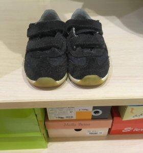 Кроссовки для мальчика ZARA