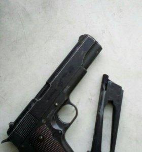 Кольт 1911