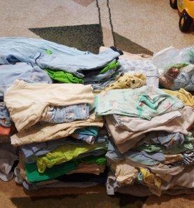 Много одежды для малыша
