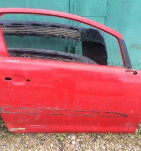 Передняя правая дверь Opel corsa d coupe