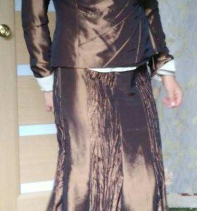 Костюм (пиджак, юбка, блуза)