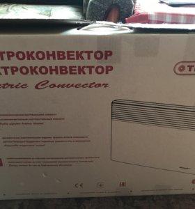 Продам электрообогреватель напольный 1500w