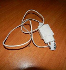 Зарядка на айфон 4