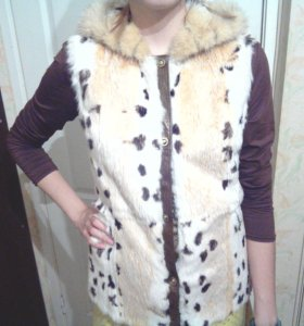 Меховая жилетка натуральный мех по цене платья!!!!